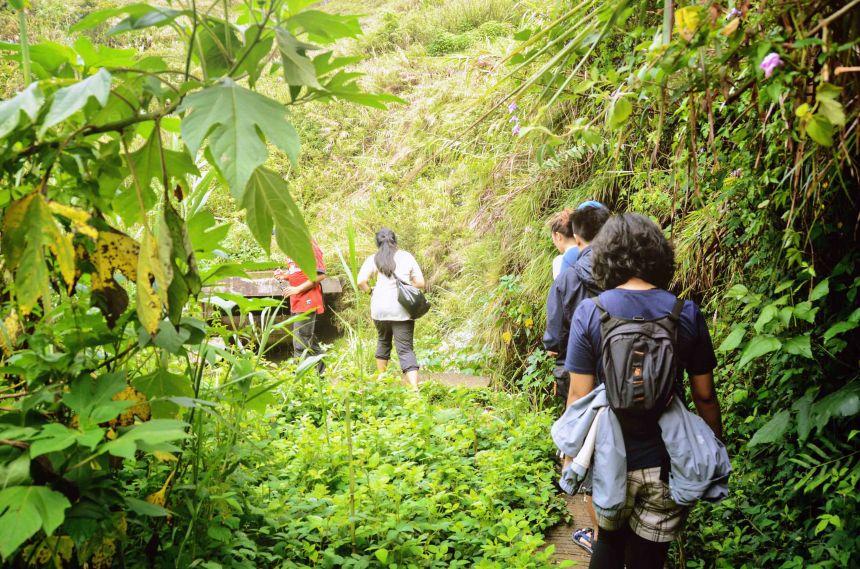 en route Bokong Falls